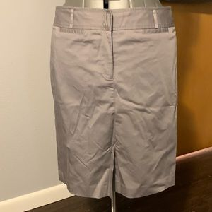 EUC Ann Taylor LOFT grey pencil skirt size 10